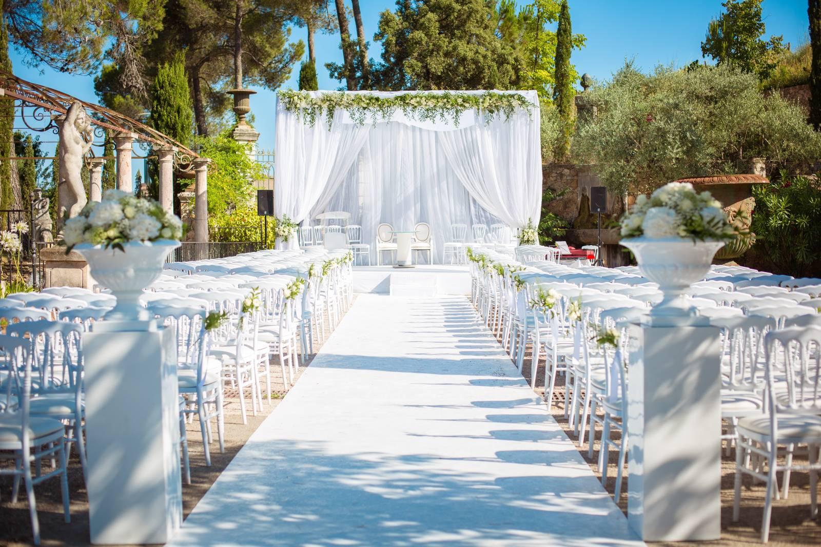 une c r monie de mariage juif dans le var wedding planner paris mariage dans l 39 air. Black Bedroom Furniture Sets. Home Design Ideas