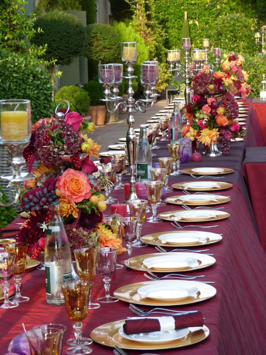 D ner oriental en ext rieur dans une bastide wedding for Table exterieur orientale